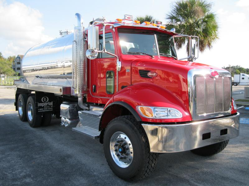 5000 Gallon Septic and Grease Trap Cleaning Truck
